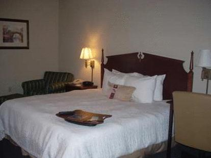 Photo of Hampton Inn Buckhannon Hotel Bed and Breakfast Accommodation in Buckhannon West Virginia