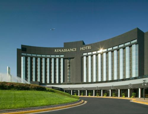 RENAISSANCE ST. LOUIS AIRPORT HOTEL, A Marriott Luxury & Lifestyle Hotel MO, 63134
