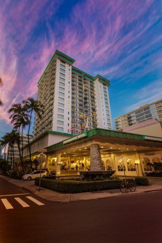 Aqua Pacific Monarch Hotel On Oahu Hawaii Com