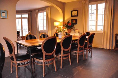 La Villa Bordeaux Chambres D 39 H Tes Chambre D 39 H Tes 49 Bis Cours De La Somme 33000 Bordeaux