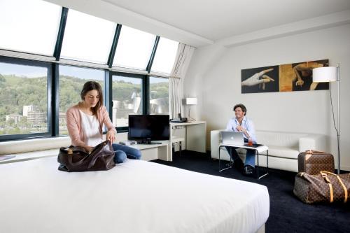 Suite Junior (1-2 adultos) Hotel Miró 3