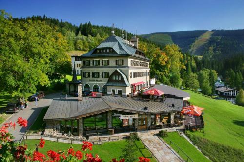Отель Hotel Praha 4 звезды Чешская Республика