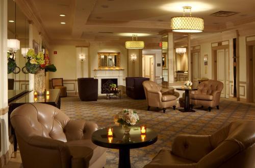 Restaurants Near Warwick New York Hotel