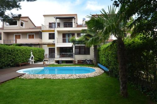 Apartments Villa Rossella 3