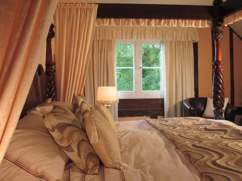 Deluxe Double Room with Four Poster Bed