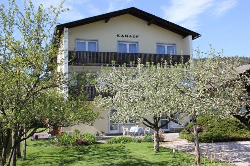 Appartements Kanauf - Apartment mit 1 Schlafzimmer und Balkon