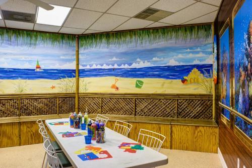 Discovery Beach Resort by VRI resorts