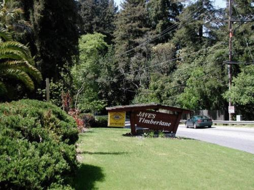 Photo of Jayes Timberlane Resort Hotel Bed and Breakfast Accommodation in Ben Lomond California