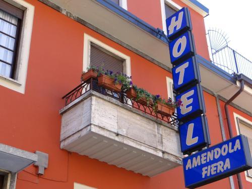 Hotel Amendola Fiera front view