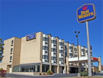 Photo of Best Western Knoxville Suites Hotel Bed and Breakfast Accommodation in Knoxville Tennessee