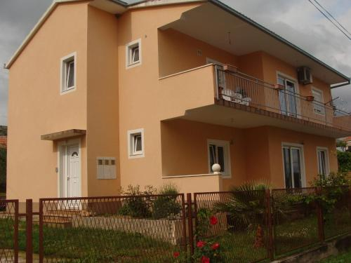 Apartment Piteša