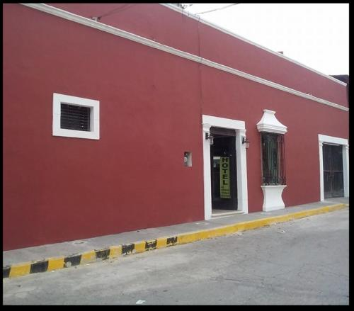 Hotel Maria Isabel front view