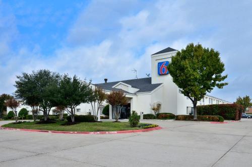 Picture of Motel 6 Plano - Preston Point