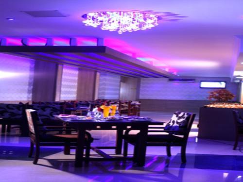 Hotel Mangala Towers