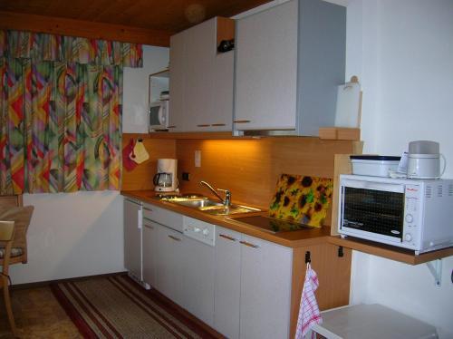 Apartment Bras