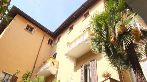 foto Casa Ferrari (Brebbia)