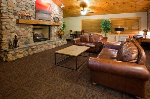 Picture of AmericInn Lodge & Suites - Bismarck