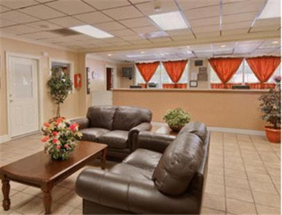 Travel Inn Atlanta GA, 30315
