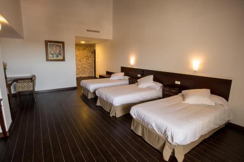 Dreibettzimmer Palacio del Infante Don Juan Manuel Hotel Spa 2