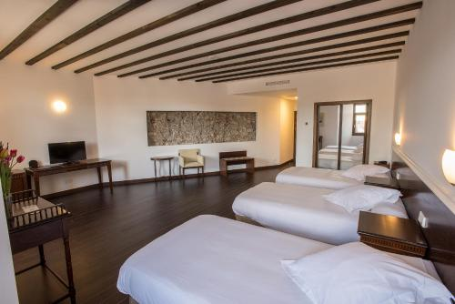 Dreibettzimmer Palacio del Infante Don Juan Manuel Hotel Spa 1