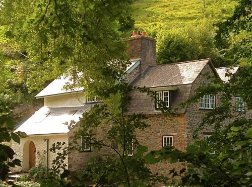 Yearnor Mill (Bed & Breakfast)