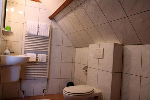 Doppelzimmer mit privatem externen Badezimmer (Double Room With Private External Bathroom)