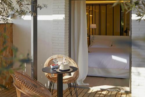 Habitación Doble Deluxe con balcón Hotel Mas Lazuli 2