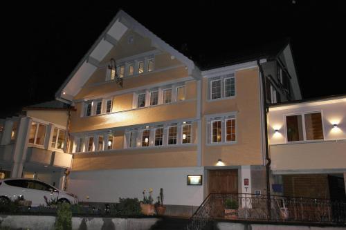 Отель Gasthof Krone 2 звезды Швейцария