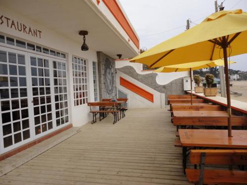 Anrobru Sunset Beach Hotel & Restaurant