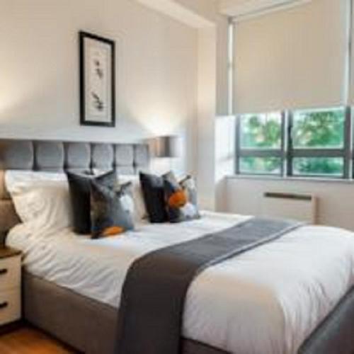Smart City Apartments   City Road, Barbican (London)