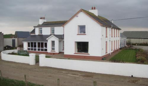 Carnside Guest House