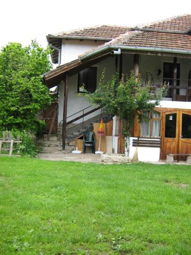 Bistrilishki Houses