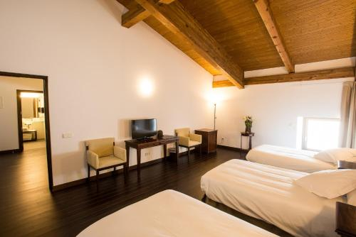 Dreibettzimmer Palacio del Infante Don Juan Manuel Hotel Spa 4