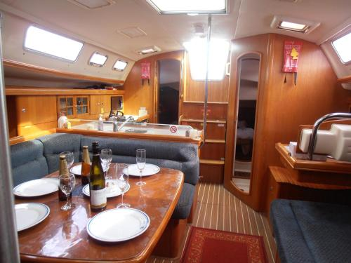 Two-Bedroom Yacht