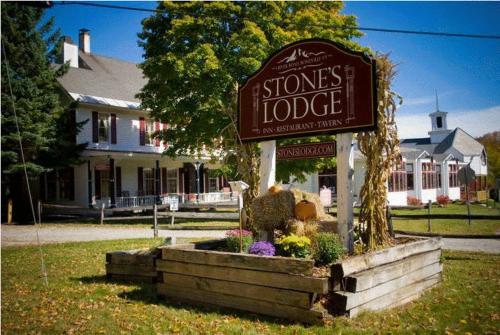 Stone's Lodge Under Mt. Stratton