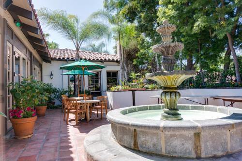 BEST WESTERN PLUS Hacienda Suites-Old Town CA, 92110