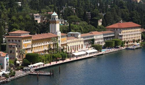 foto Grand Hotel Gardone (San Felice del Benaco)