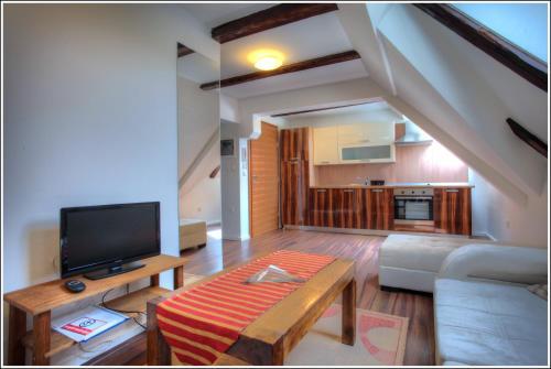 Apartments Bijela Lada I