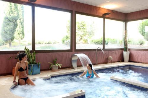 Habitación Doble con acceso al spa - 1 o 2 camas Villa Nazules Hípica Spa 5