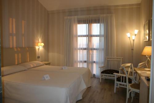 Single Room Villa Nazules Hípica Spa 1