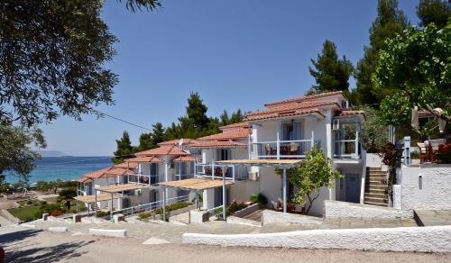 Milia Apartments