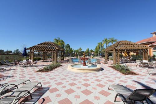 Bella Vida Resort by Deluca Pr..