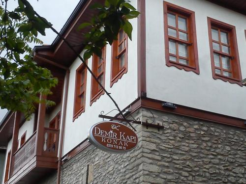 Picture of Demirkapi Konak Hotel