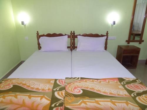 Отель Rose Garden Homestay 2 звезды Индия