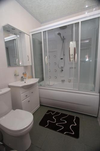 Apartmá s vířivkou (Suite with Spa Bath)