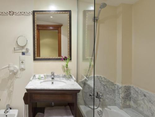 Habitación Doble con cama supletoria - 1 o 2 camas  Ad Hoc Parque Golf 4