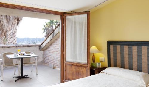 Habitación Doble Superior con terraza Ad Hoc Parque Golf 8