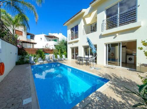 Villa Cliantha