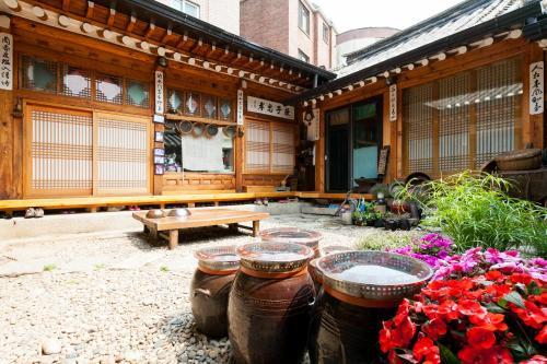 Отель Eugene Hanok Guesthouse Dongdaemun 1 звезда Корея, Республика