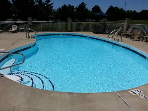 Heritage inn rehoboth beach lewes de united states - Public swimming pools in rehoboth beach ...